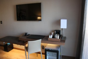 AC Guest Room Desk
